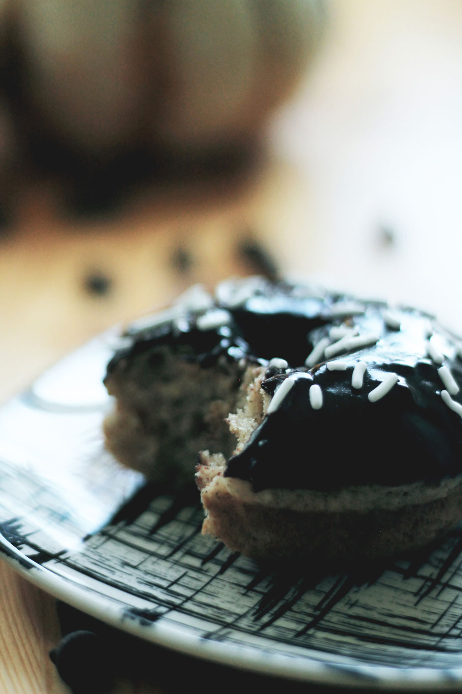 the-lovelee-life-baked-donuts-recipe-02